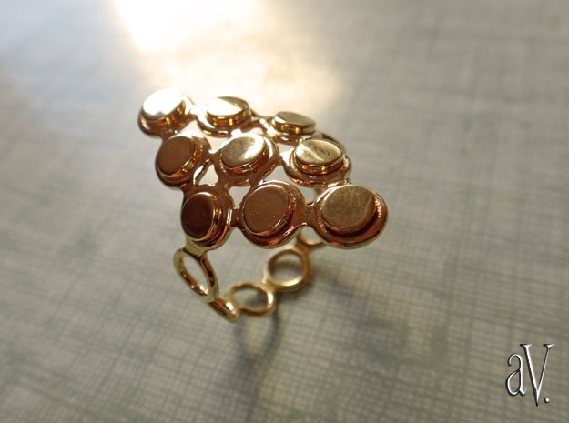 Round Bee Cylinder 3T Ring in 14k Gold Plated Brass: 11.5 / 65.25