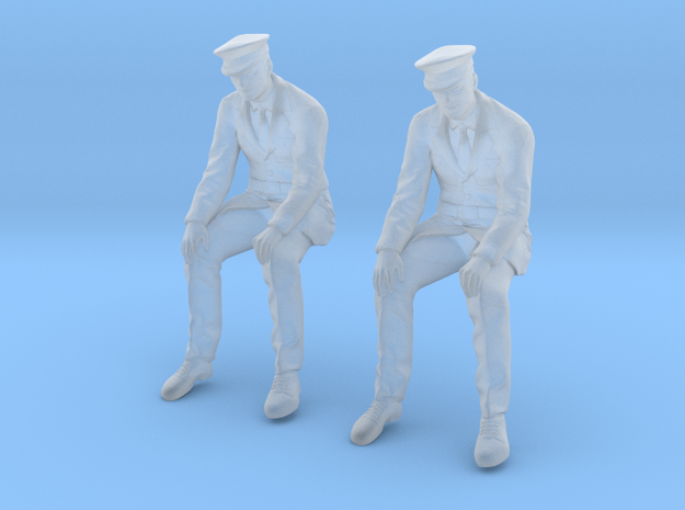 WW II Army Infantry Sitting in Smoothest Fine Detail Plastic: 1:48 - O