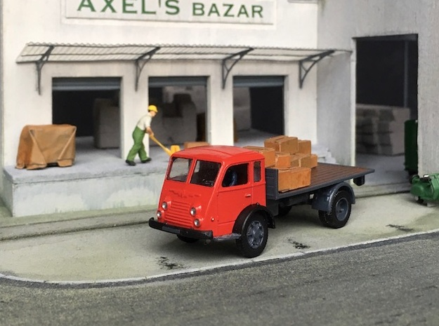 1:87 Renault R4140 / Saviem Tancarville in Smooth Fine Detail Plastic