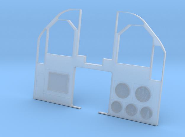 1.6,5 COCKPIT F18 (E) in Smooth Fine Detail Plastic