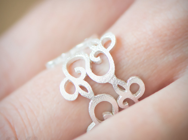 Womens Ring - Organic Filigree Vine Ring - iXi Des