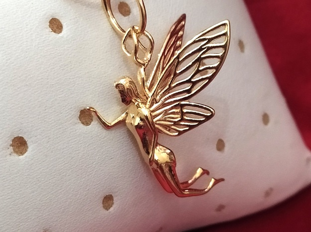 Pixie Dust Pendant in 14k Gold Plated Brass