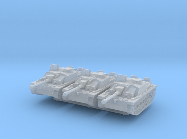 StuG III G early (x3) 1/200 in Smooth Fine Detail Plastic