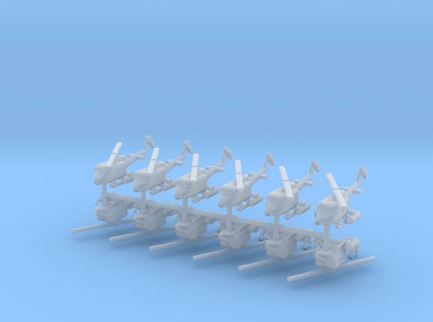 1/700 UH-1 Gunship (x12) in Smooth Fine Detail Plastic