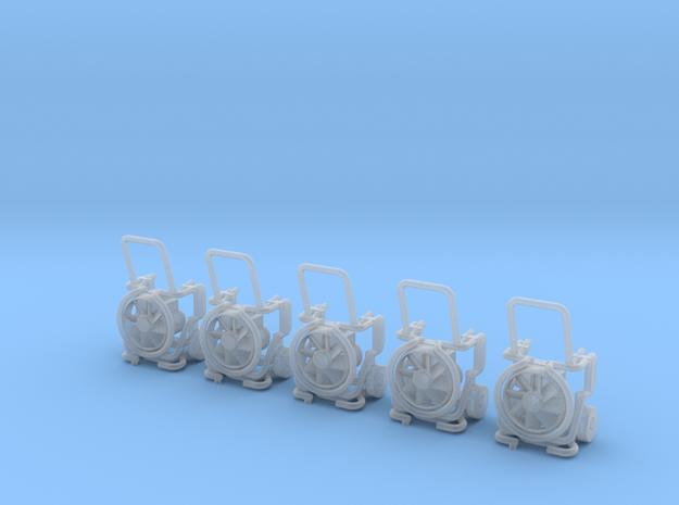 Leader-Lüfter MT 236 Ausgeklappt 5x  in Smooth Fine Detail Plastic