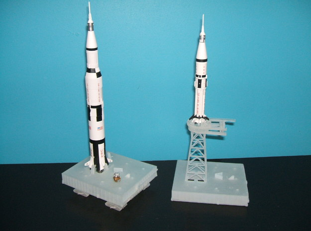 1/400 Crawler Transporter - Saturn V, 1B & shuttle 3d printed Photos of a customers Launch pads/Milkstool with a Crawler.