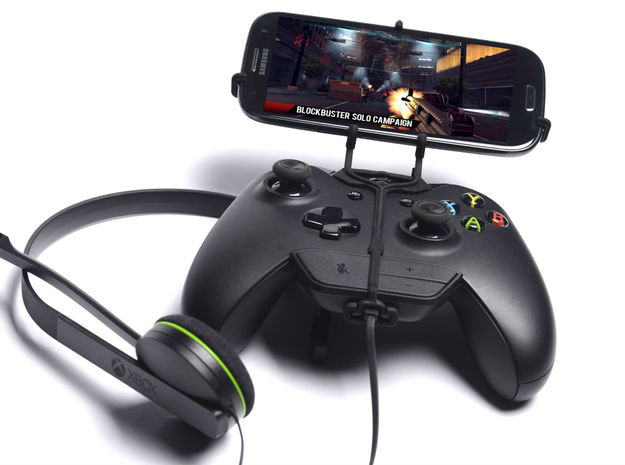 Xbox One controller & chat & Samsung I9500 Galaxy  3d printed Front View - A Samsung Galaxy S3 and a black Xbox One controller & chat