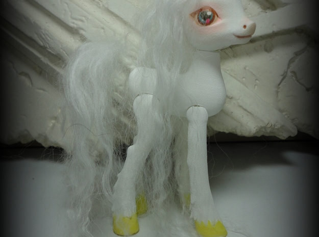 Canter Colts Couture Unicorn in White Natural Versatile Plastic