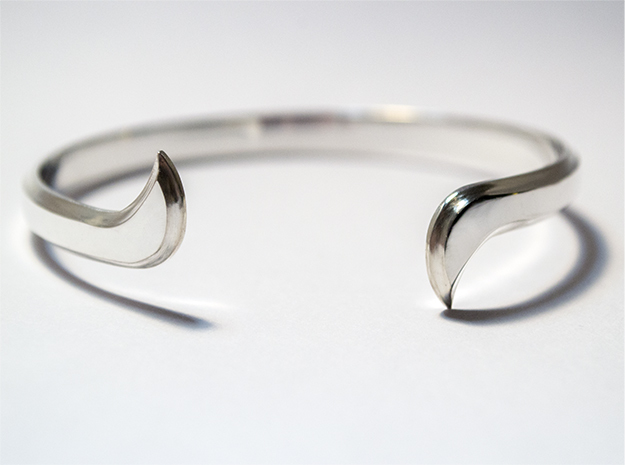 Thin Winged Cuff in Polished Silver
