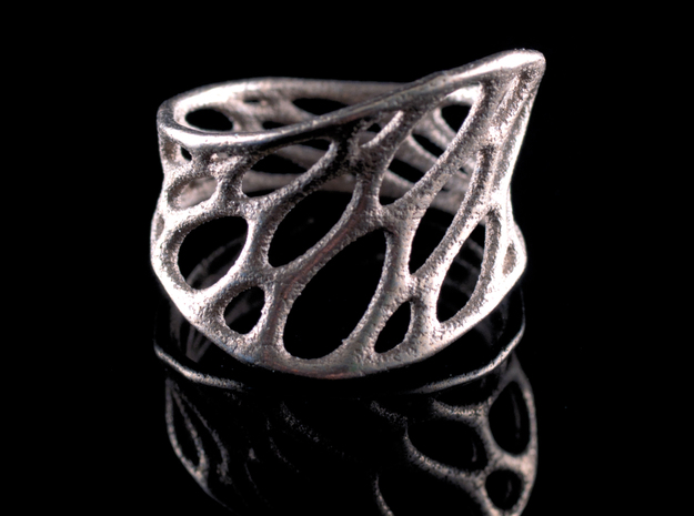1-layer twist ring 3d printed in stainless steel
