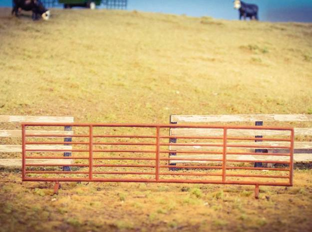 S Scale 24 ft Stand Alone Cattle Panels Set of 4 in Frosted Ultra Detail