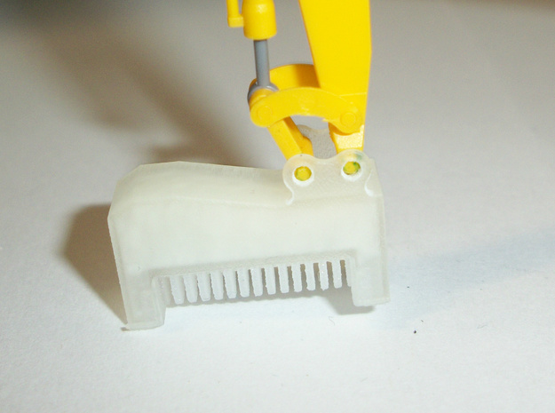 HO 1:87 excavator mulcher attachment in Frosted Ultra Detail