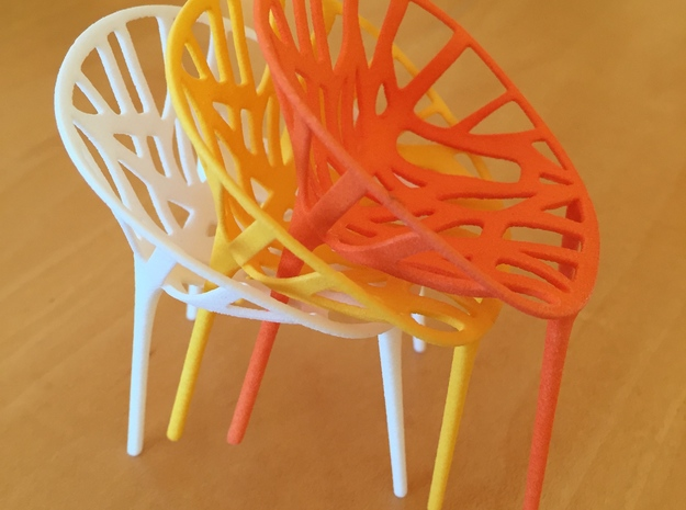 1:12 Chair Garden in White Processed Versatile Plastic