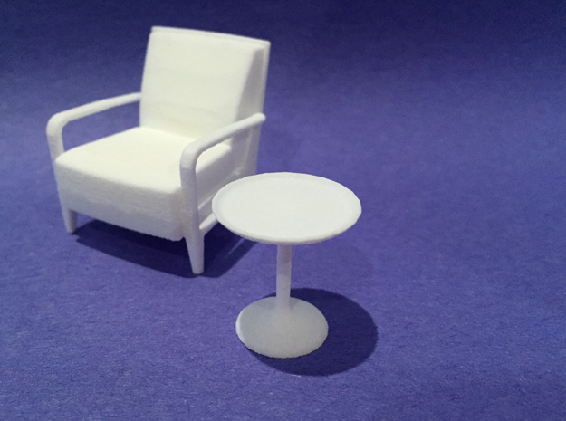 20in Dia Side Table 1:24 scale