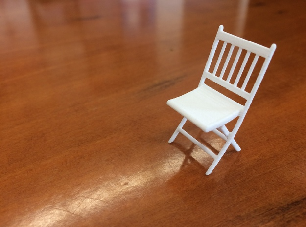 1:24 Wood Folding Chair in White Natural Versatile Plastic