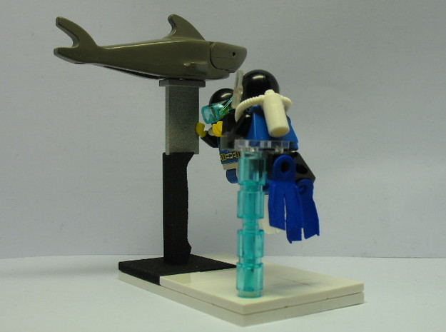 Minifig Shark Monument (knife handle) 3d printed Final Diorama