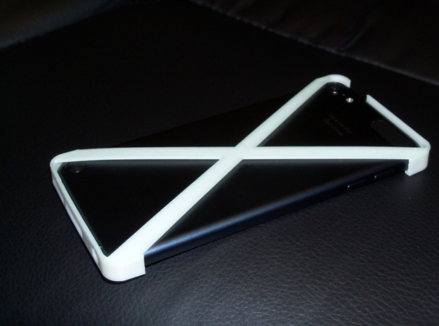 Ipod Touch - 5th Generation - Minimalistic Cover in White Strong & Flexible