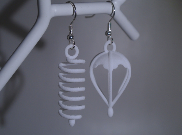 Felix' Big Adventure - Earrings in White Natural Versatile Plastic