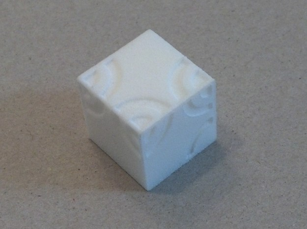 Arc D6 Dice 3d printed White Strong & Flexible
