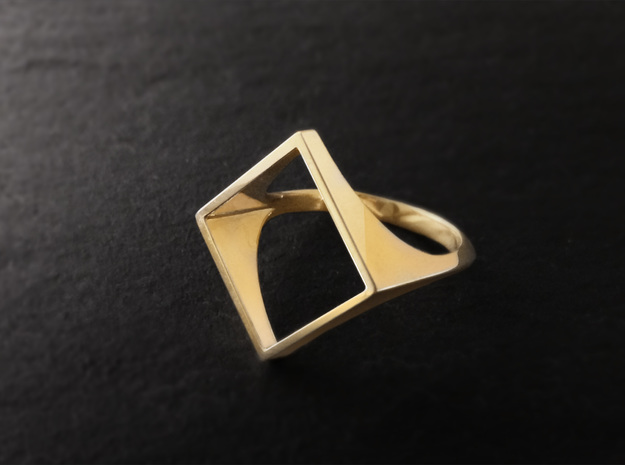Square Ring - Sz5 in 18K Gold Plated