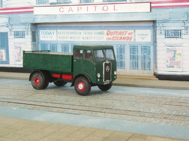 1:43 Atkinson c1950 SWB Cab&Chassis (2 parts) in White Processed Versatile Plastic
