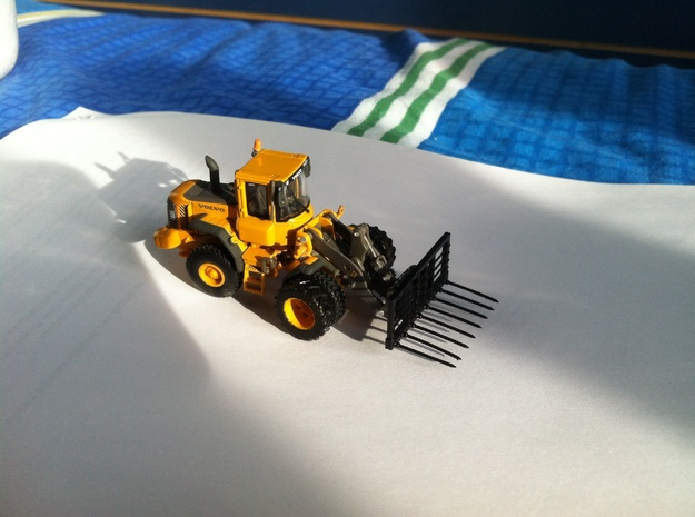 1:87/HO Silage Fork for Atlas/Motorart Volvo L60E  in Frosted Ultra Detail