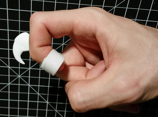 Wearable Cat Claw (Small, Single Claw) in White Natural Versatile Plastic