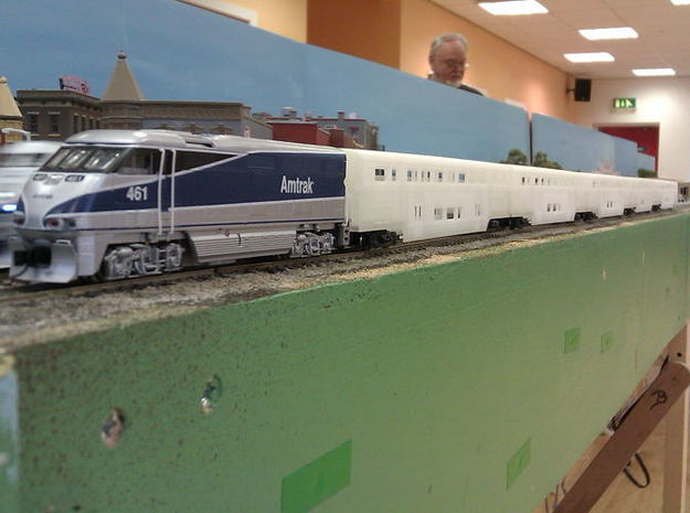 Amtrak Surfliner Coach - Business Class 3d printed Surfliner rake unpainted