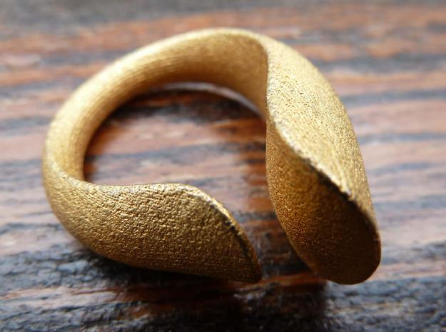 Tactile Bold Flame - Size 6 in Polished Gold Steel