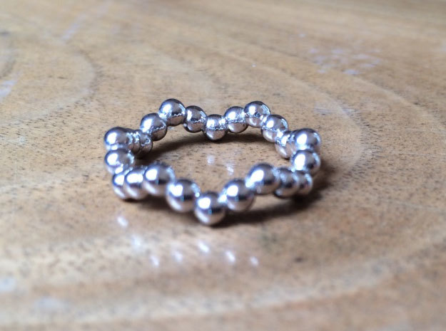 Ring Sphere 1 waved in Rhodium Plated
