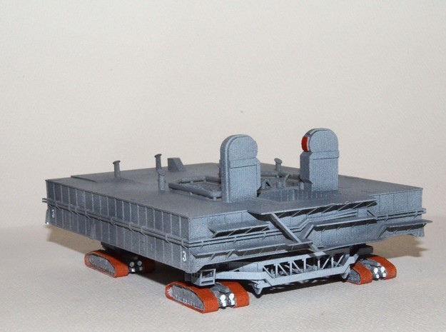 1/400 Shuttle MLP & Crawler, launch pad 3d printed Painted up and ready for the Shuttle.