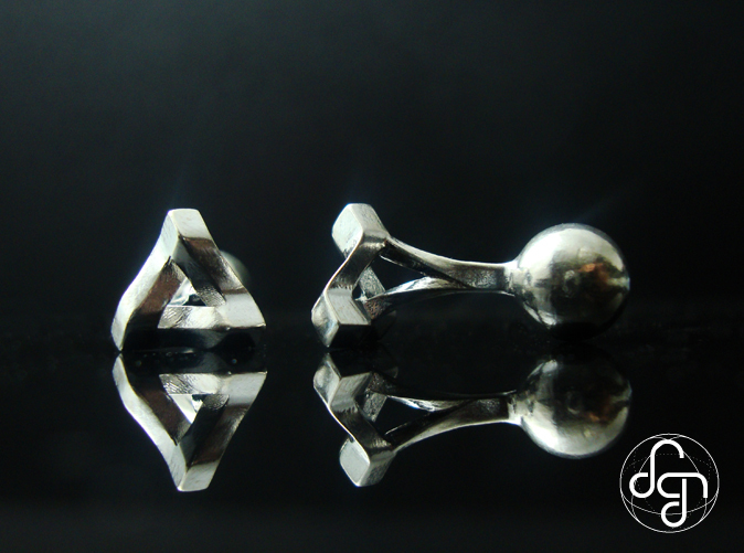 Detail [Polished Silver]