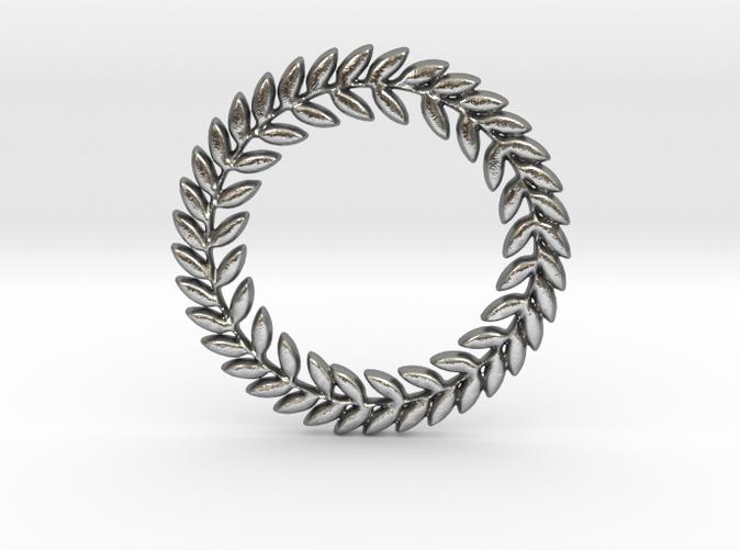 Laurel pendant in silver