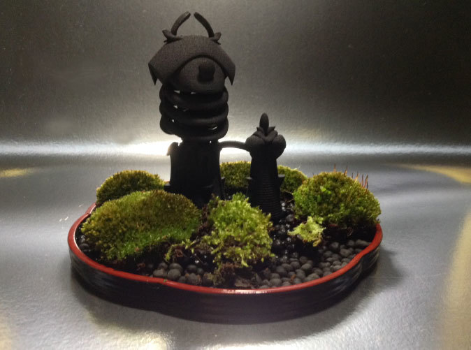 Bonkei is Japanese tray landscape hobby. Moss, plants, stones and small accessories are used to create miniature landscapes. This castle is from my Coldsound Castle painting.
