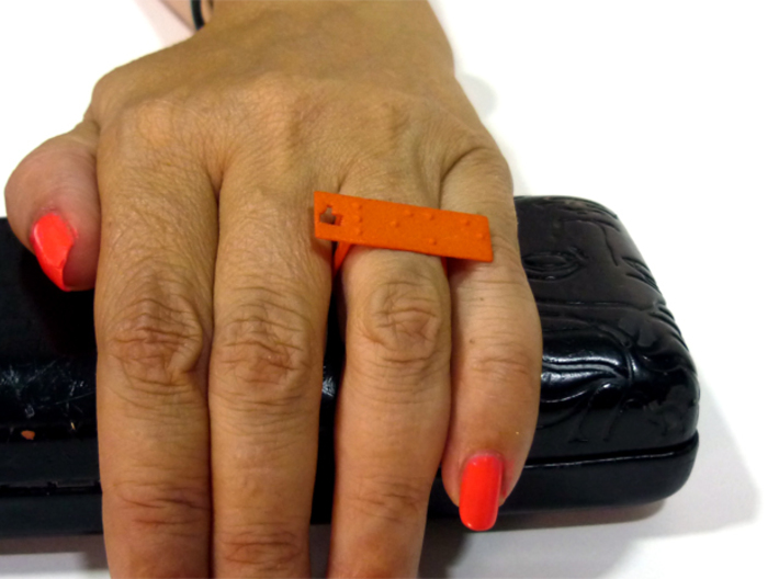 Adjustable ring. Like in Braille. 3d printed