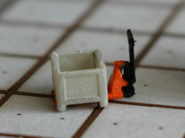 N Scale Pallet Jack (6pc) 3d printed Pallet jack with pallet box in Frosted Ultra Detail