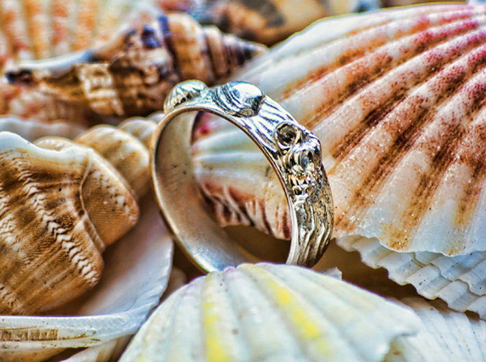 Sea Shell Ring 1 - US-Size 7 1/2 (17.75 mm) 3d printed Seashell Ring in polished silver (shown: size 10)
