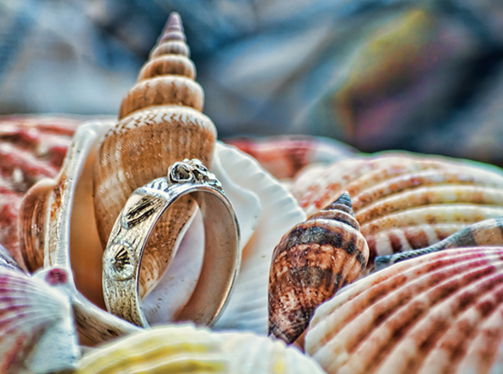Sea Shell Ring 1 - US-Size 11 1/2 (21.08 mm) 3d printed Seashell Ring in polished silver (shown: size 10)