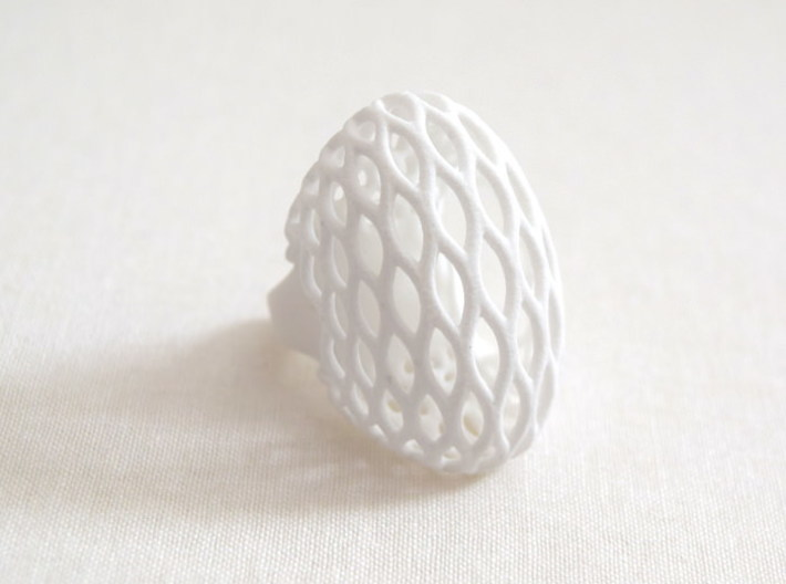 Globe Ring (US size 5.5) 3d printed