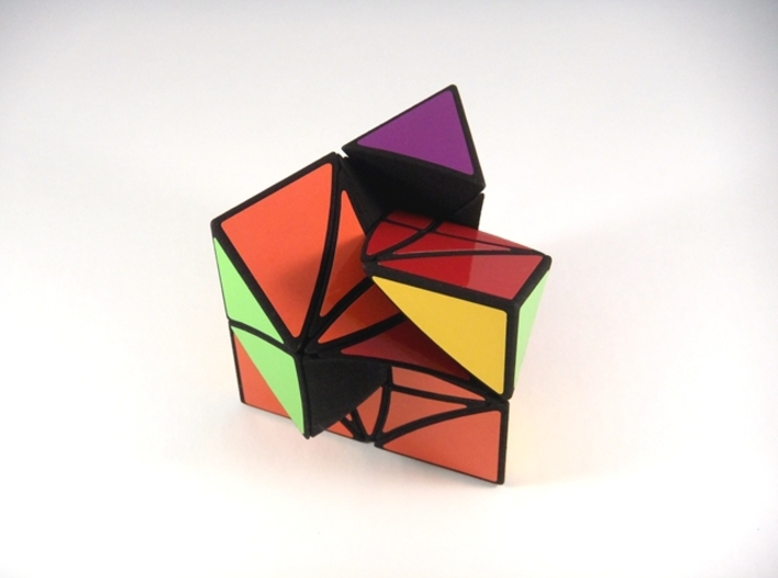 HeliPrism 9 Curvy Puzzle 3d printed Three Turns