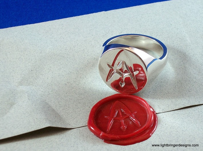 Custom Signet Ring 3d printed Custom signet ring in premium silver - surface like a mirror!