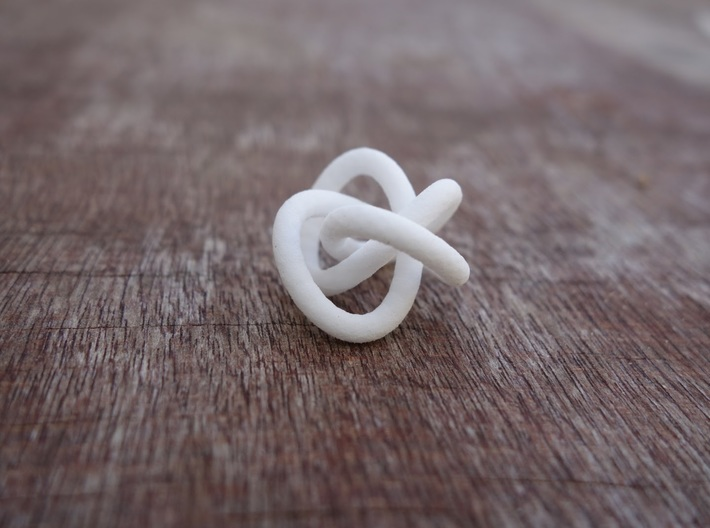 Triple Faceted Torus Knot 3d printed
