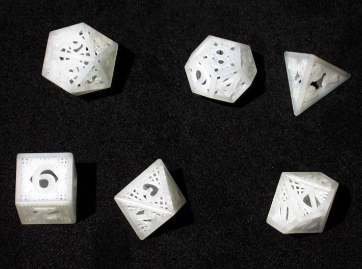 Woven Dice - Small 3d printed Woven Dice in Frosted Ultra Detail
