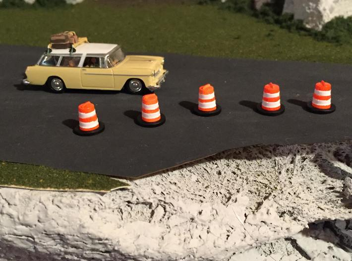 HO Scale 1:87 Construction barrel barrier  3d printed