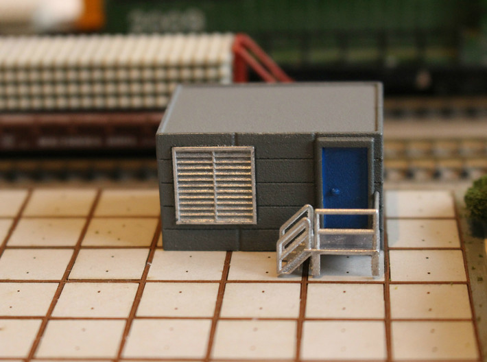 N Scale Tech Shack 3d printed Shack in use as generator shed or signalling equipment room.
