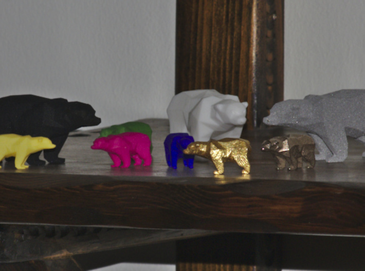 A Bear - 2.6cm 3d printed The smaller bears on the picture is this model