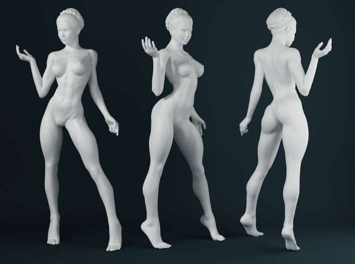 1:24 Strong Woman 012 3d printed