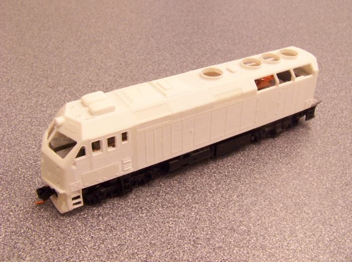 N Scale EMD F40PHM-2 (Metra) 3d printed A test-printed shell on the Kato chassis.