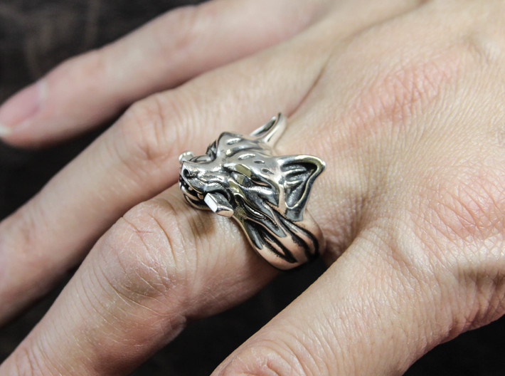 "Fox (Oinari san) ""Key"" Ring 3d printed This material is Polished Silver , Patinated with bleach"