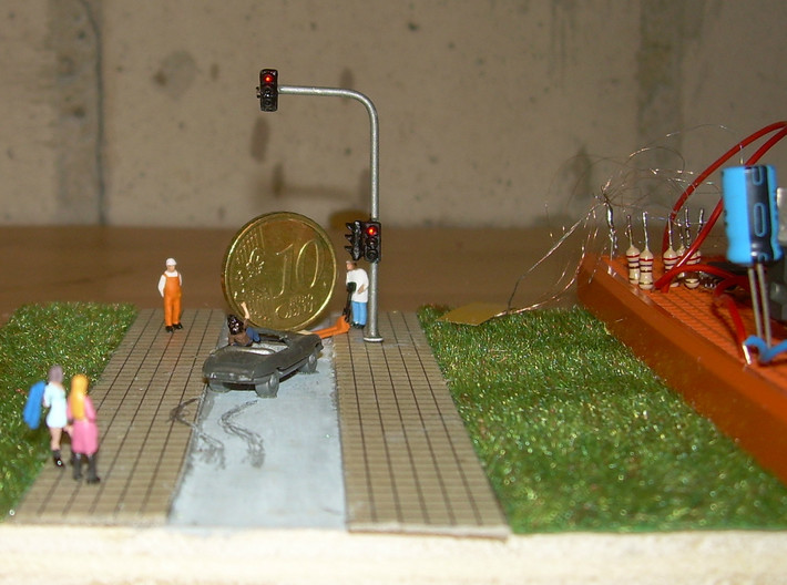 N Scale Traffic Lights SMD (10pc) 3d printed Excellent example by Loetboy. Be sure to check out his how-to